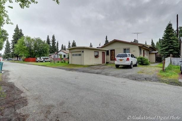 3215 Oregon Drive, Anchorage, AK - USA (photo 4)