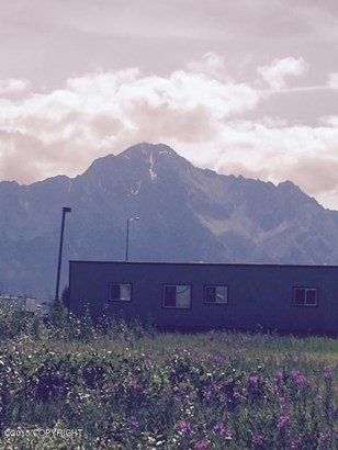 520 E City Circle, Palmer, AK - USA (photo 3)
