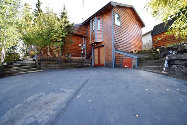 140 Homecrest Place, Anchorage, AK - USA (photo 2)