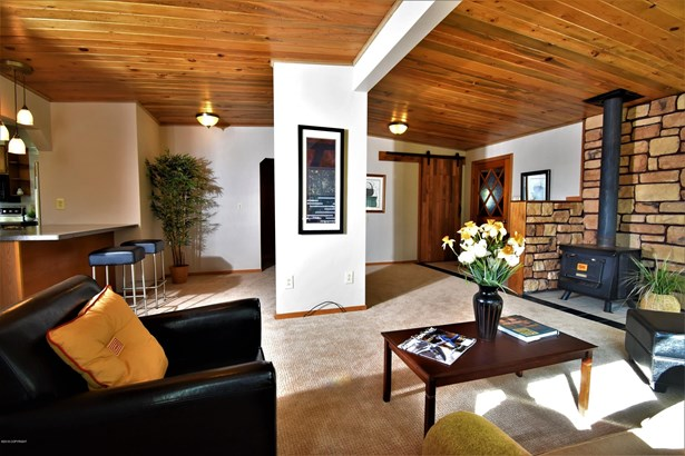 140 Homecrest Place, Anchorage, AK - USA (photo 4)
