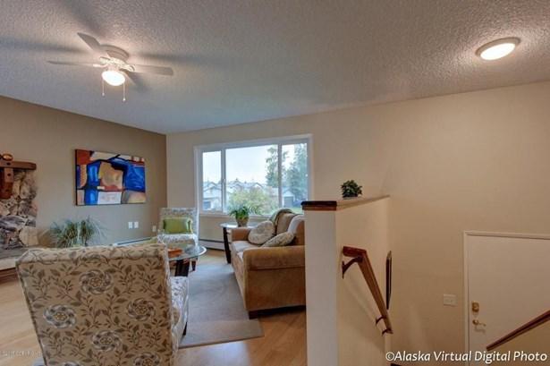 1151 Lalande Place, Anchorage, AK - USA (photo 4)