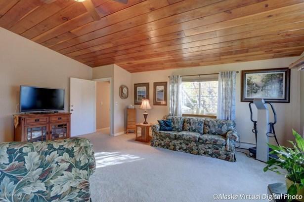 2800 Leawood Drive, Anchorage, AK - USA (photo 3)