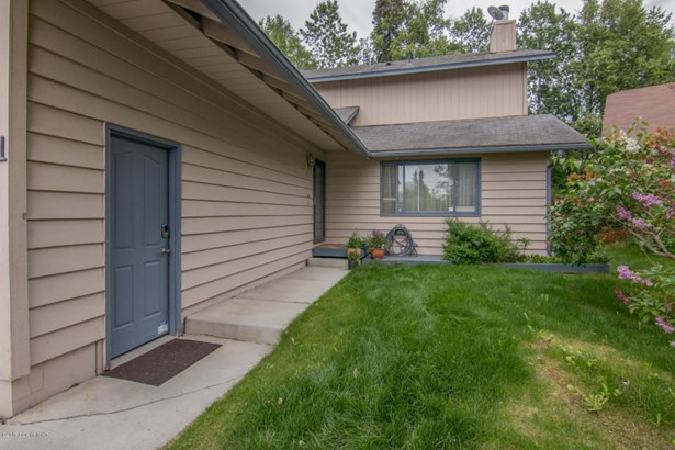 8931 Winchester Street, Anchorage, AK - USA (photo 3)