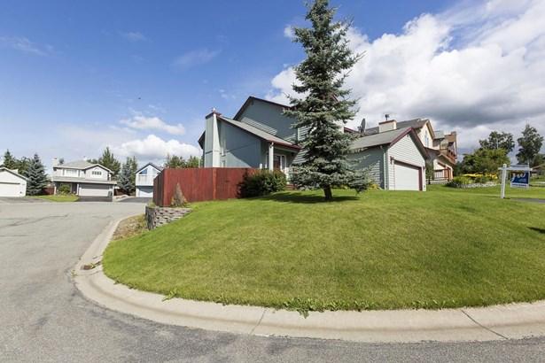 6725 Queens View Circle, Anchorage, AK - USA (photo 2)