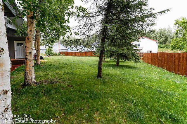 1251 Friendly Lane, Anchorage, AK - USA (photo 3)