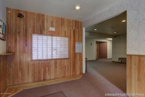 3550 W Dimond Boulevard #303, Anchorage, AK - USA (photo 4)