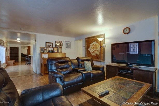 1402 W 47th Avenue, Anchorage, AK - USA (photo 5)