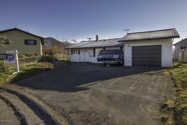 8570 E 12th Court, Anchorage, AK - USA (photo 2)