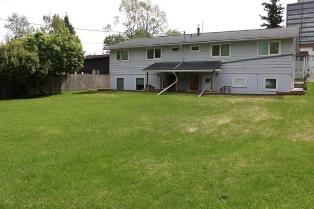 349 E 24th Avenue, Anchorage, AK - USA (photo 4)
