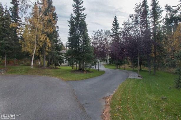 4000 Janet Lee Circle, Anchorage, AK - USA (photo 2)