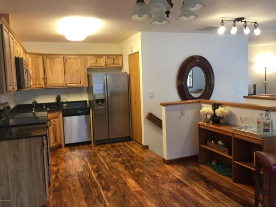 650 W 47th Avenue #650d, Anchorage, AK - USA (photo 1)
