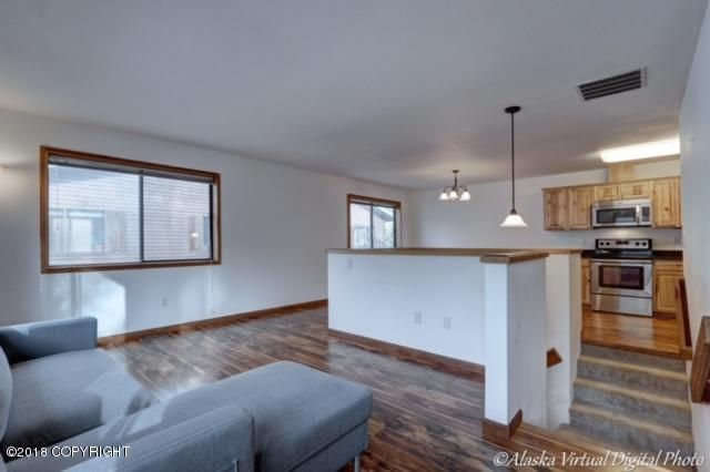 650 W 47th Avenue #650d, Anchorage, AK - USA (photo 4)