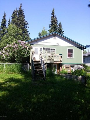 3725 Mccain Loop, Anchorage, AK - USA (photo 1)