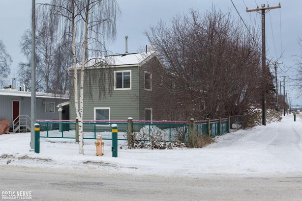 1045 E 9th Avenue, Anchorage, AK - USA (photo 1)