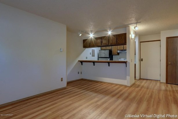 2201 Romig Place #105, Anchorage, AK - USA (photo 1)