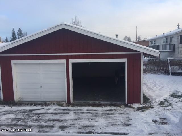 531 S Lane Street, Anchorage, AK - USA (photo 2)