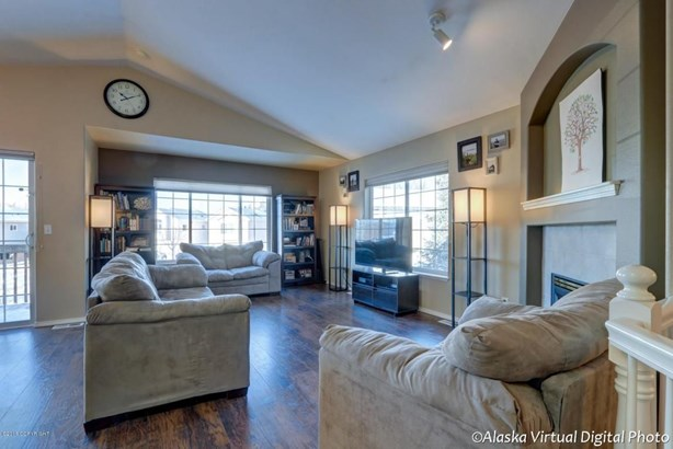 6207 Rose Hip Circle, Anchorage, AK - USA (photo 2)