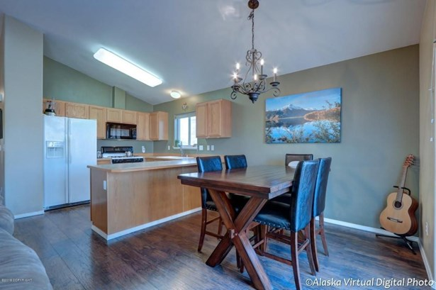 6207 Rose Hip Circle, Anchorage, AK - USA (photo 3)