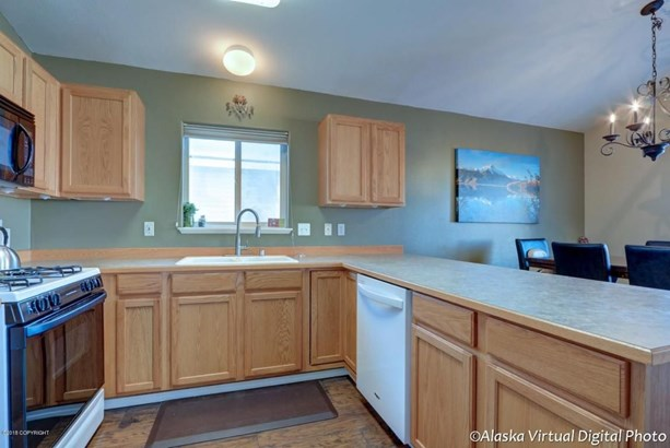 6207 Rose Hip Circle, Anchorage, AK - USA (photo 4)