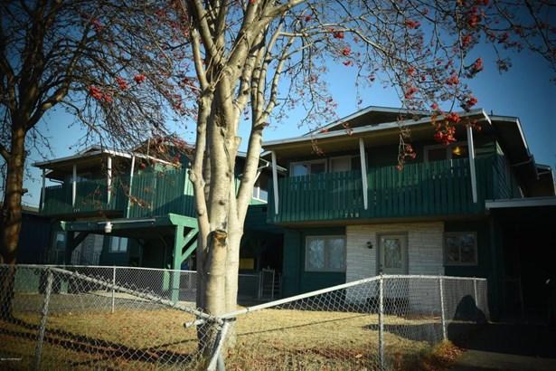 711 Bragaw Street, Anchorage, AK - USA (photo 5)