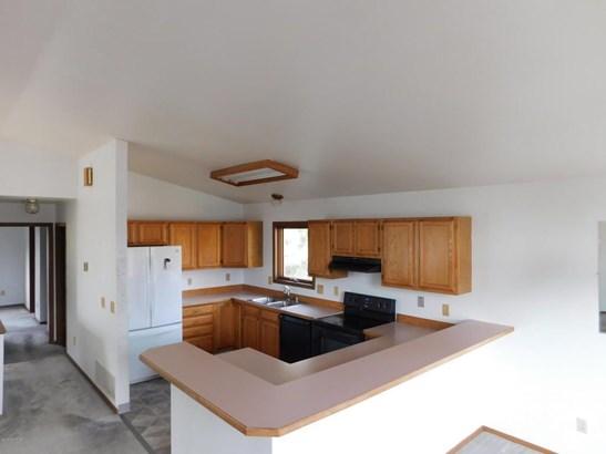 8430 Barnett Drive, Anchorage, AK - USA (photo 4)