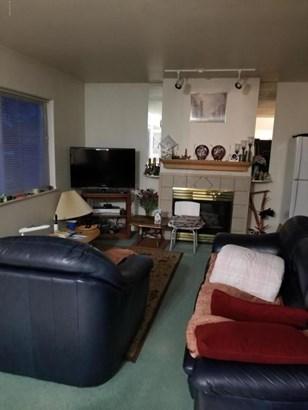 1254 Pine Street, Anchorage, AK - USA (photo 3)