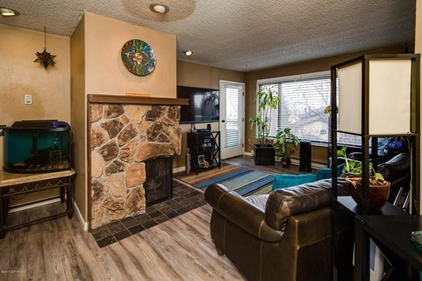 2201 Romig Place #405, Anchorage, AK - USA (photo 4)