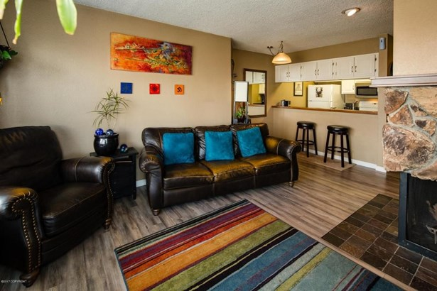 2201 Romig Place #405, Anchorage, AK - USA (photo 5)