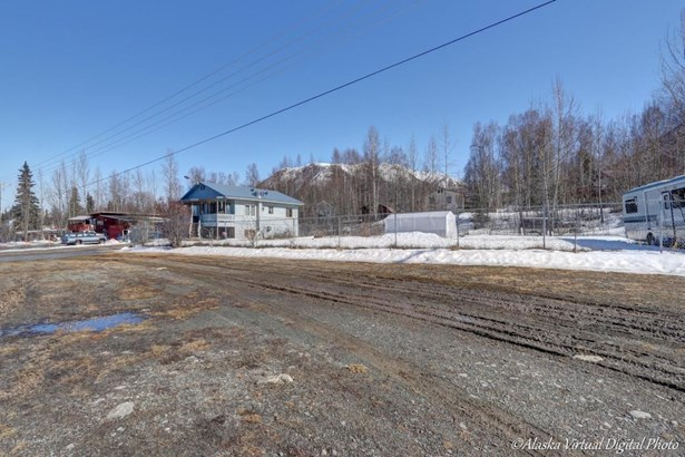 19407 Old Glenn Highway, Chugiak, AK - USA (photo 3)