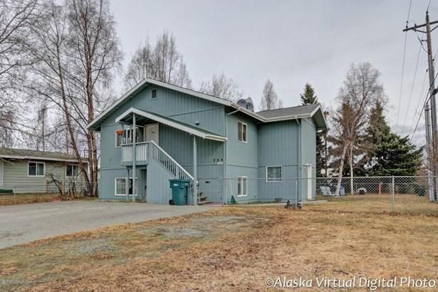 725 W 70th Avenue, Anchorage, AK - USA (photo 1)