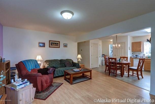 725 W 70th Avenue, Anchorage, AK - USA (photo 5)
