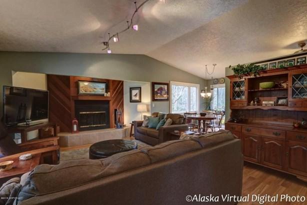 5320 Woodcrest Circle, Anchorage, AK - USA (photo 5)