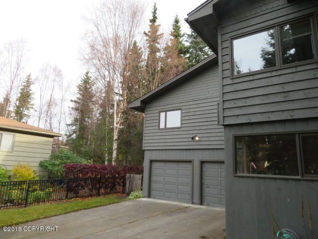 2205 Arcadia Drive, Anchorage, AK - USA (photo 2)