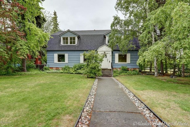 1320 K Street, Anchorage, AK - USA (photo 1)