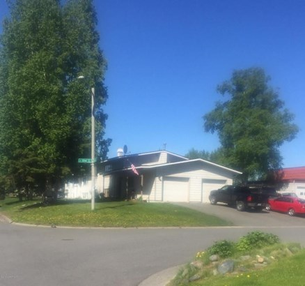 2121 Paxson Drive, Anchorage, AK - USA (photo 2)
