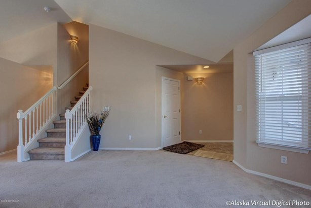 2911 Carriage Drive, Anchorage, AK - USA (photo 2)