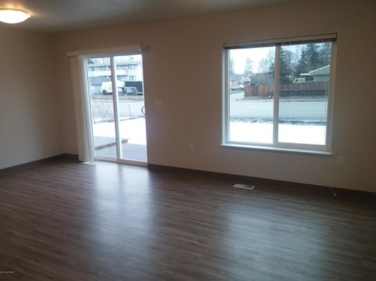 1105 Wilshire Avenue #b, Anchorage, AK - USA (photo 3)