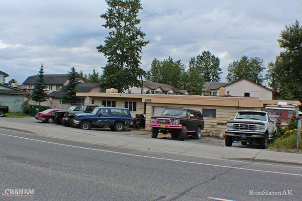 2524 Boniface Parkway, Anchorage, AK - USA (photo 1)
