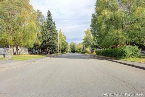 2601 Ingra Street, Anchorage, AK - USA (photo 3)