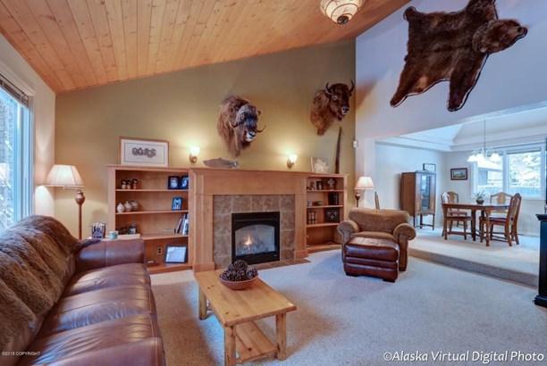 4650 Hunter Drive, Anchorage, AK - USA (photo 5)