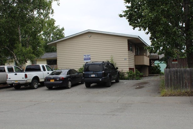 223 N Hoyt Street, Anchorage, AK - USA (photo 2)