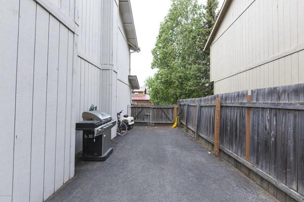 2551 Banbury Drive, Anchorage, AK - USA (photo 5)