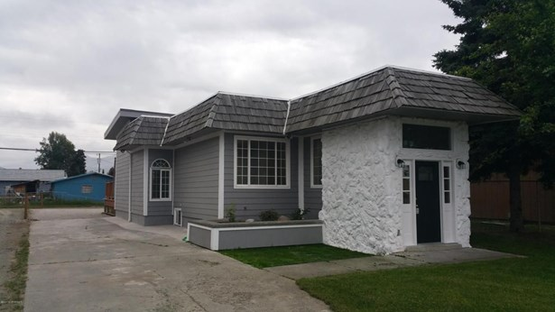 619 Bragaw Street, Anchorage, AK - USA (photo 4)