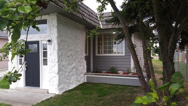 619 Bragaw Street, Anchorage, AK - USA (photo 5)