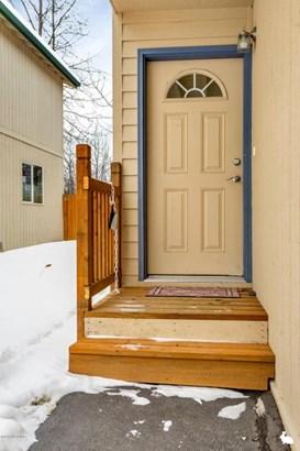 7270 Holly Lynn Place, Anchorage, AK - USA (photo 2)