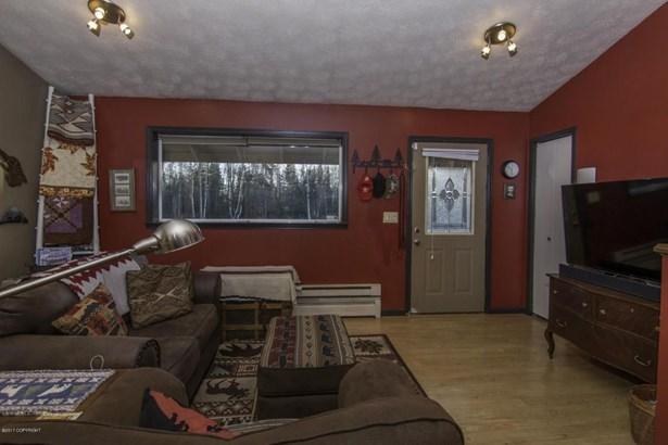 6021 W Karen, Wasilla, AK - USA (photo 4)