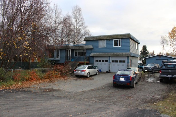 230 W 121st Avenue, Anchorage, AK - USA (photo 1)