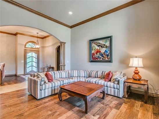 French,Traditional, Single Family - Edmond, OK (photo 4)