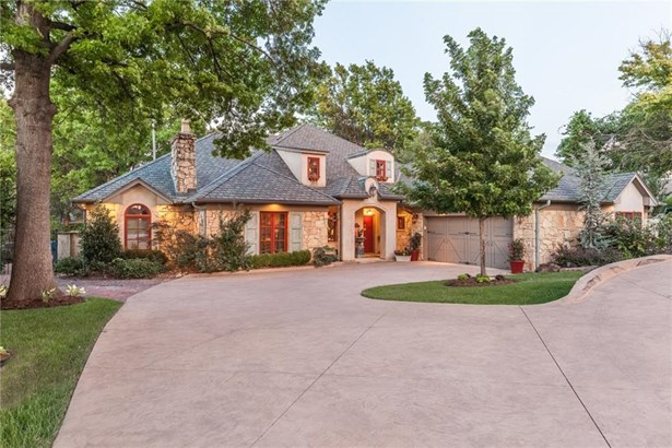 Mediterranean,Traditional, Single Family - Edmond, OK (photo 4)