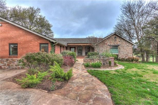 Ranch,Traditional, Single Family - Oklahoma City, OK (photo 3)